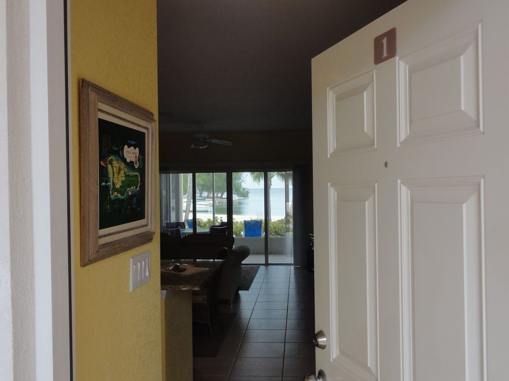 Beautiful Beachfront Condo in Cayman Kai / Rum Point – Rum Point